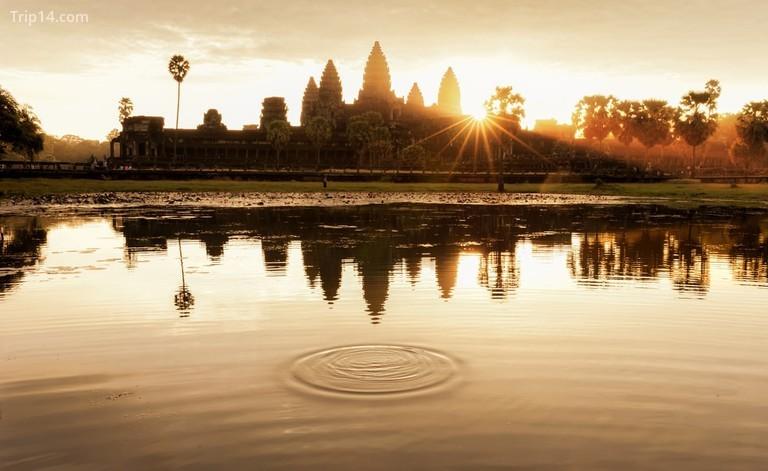 Angkor Wat vào buổi sáng mặt trời mọc, Xiêm Riệp - Trip14.com
