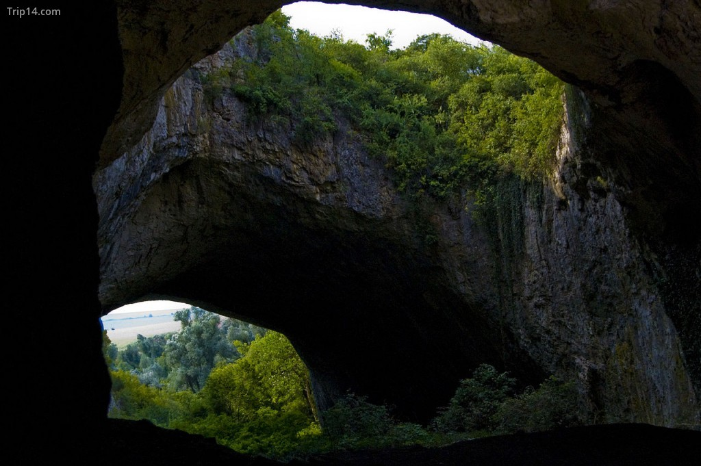 Hang Devetashka ở Bulgaria | © Nikola Grancharov - Trip14.com
