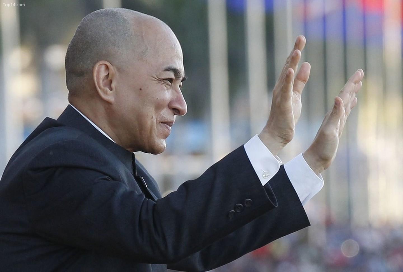 Quốc vương Campuchia Norodom Sihamoni   |
