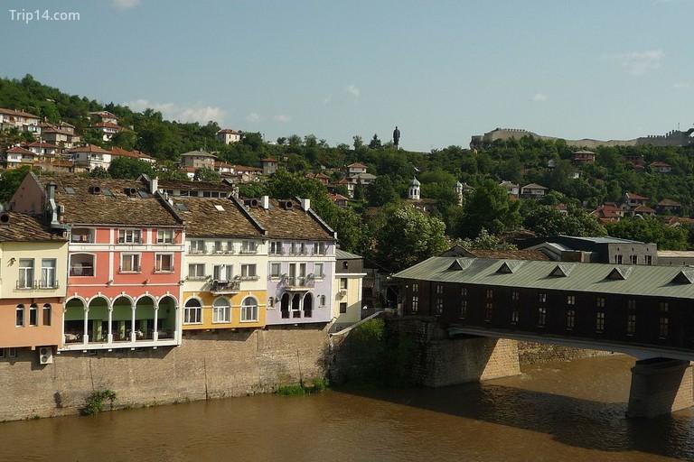 Cây cầu có mái che ở Lovech - Trip14.com