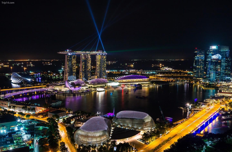 Trình diễn laser Marina Bay Sands   |