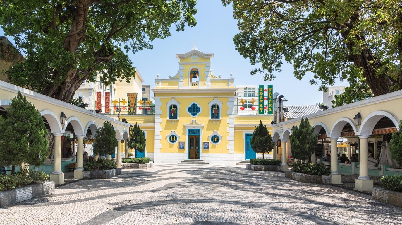 Nhà thờ St Francis Xavier ở ngôi làng Coloane quyến rũ ở Ma Cao