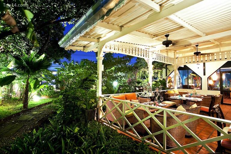 Câu lạc bộ Issaya Siamese, Bangkok - Trip14.com