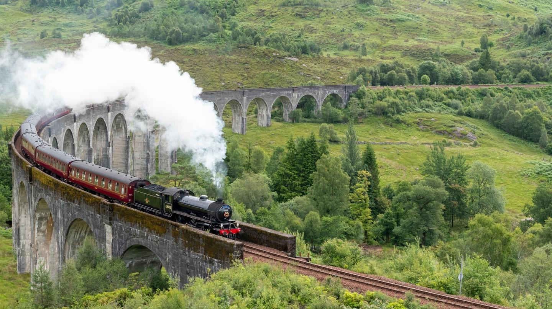 Hành trình đường sắt vĩ đại nhất thế giới: Tàu hơi nước Jacobite băng qua Cầu cạn Glenfinnan, Tây Nguyên