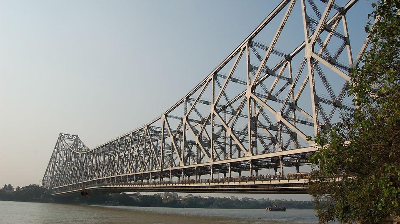 Tìm hiểu về lịch sử cầu Howrah ở Ấn Độ