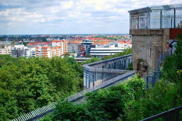 Khung cảnh thành phố Berlin nhìn từ Humboldthain