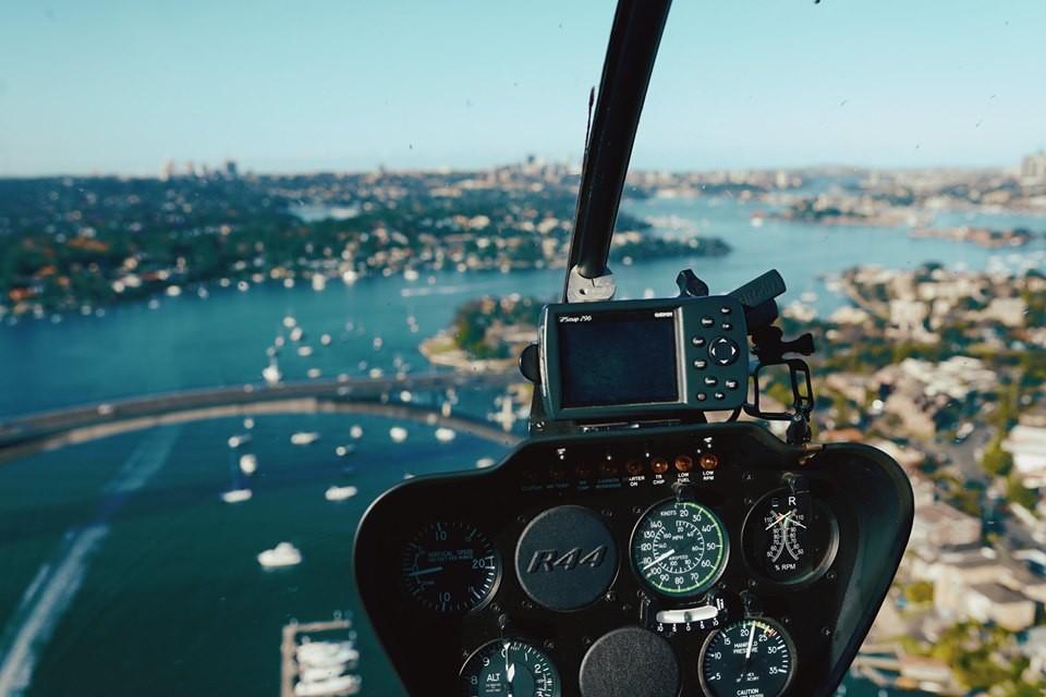 Thuê trực thăng ngắm cảnh thành phố Sydney từ trên cao - Ảnh 1