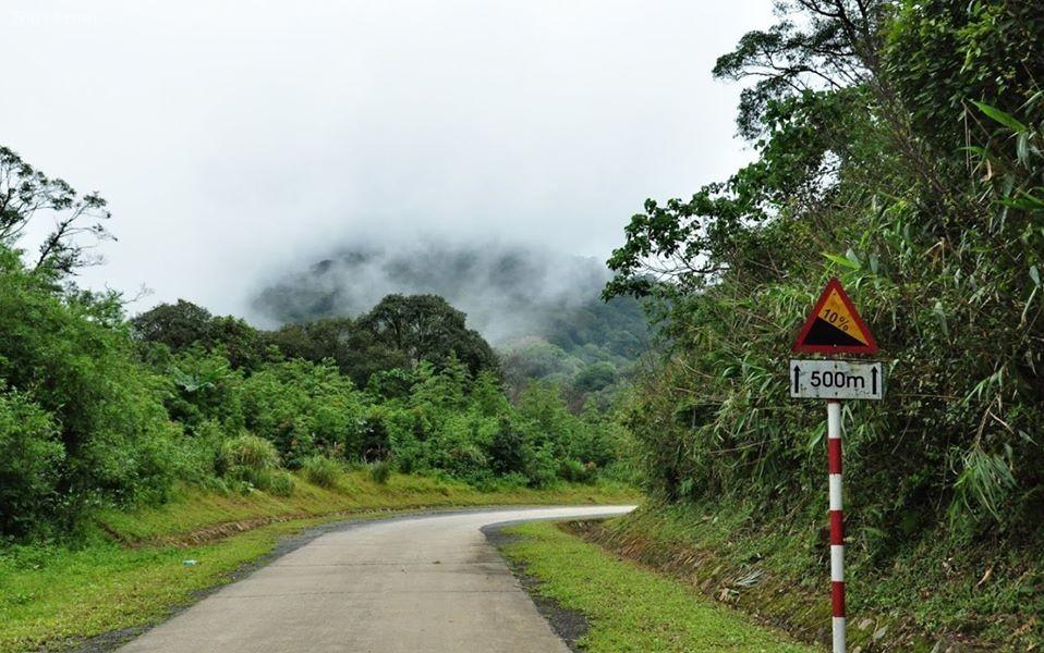 Đường đi Đèo Sa Mù