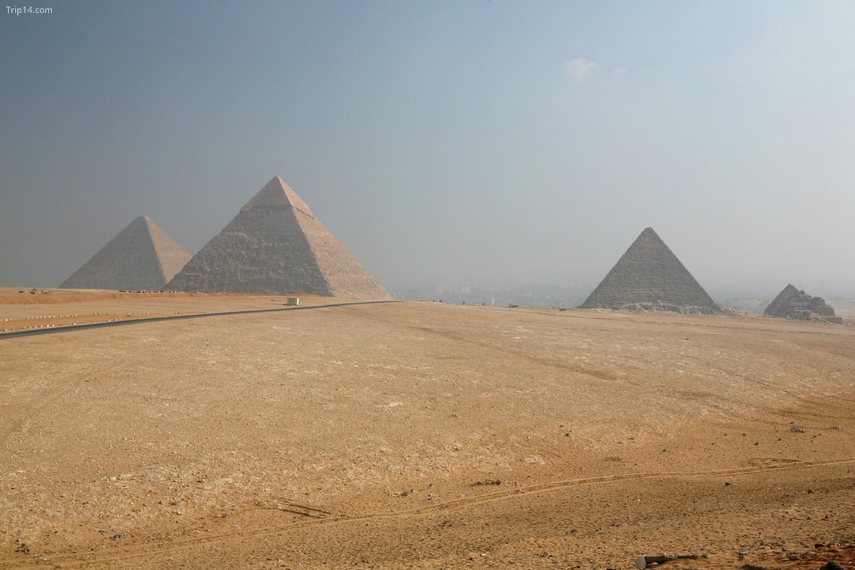Kim tự tháp Giza   |