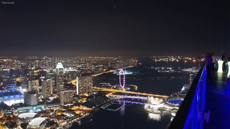 Quang cảnh đường chân trời Singapore từ 1-Altitude   |