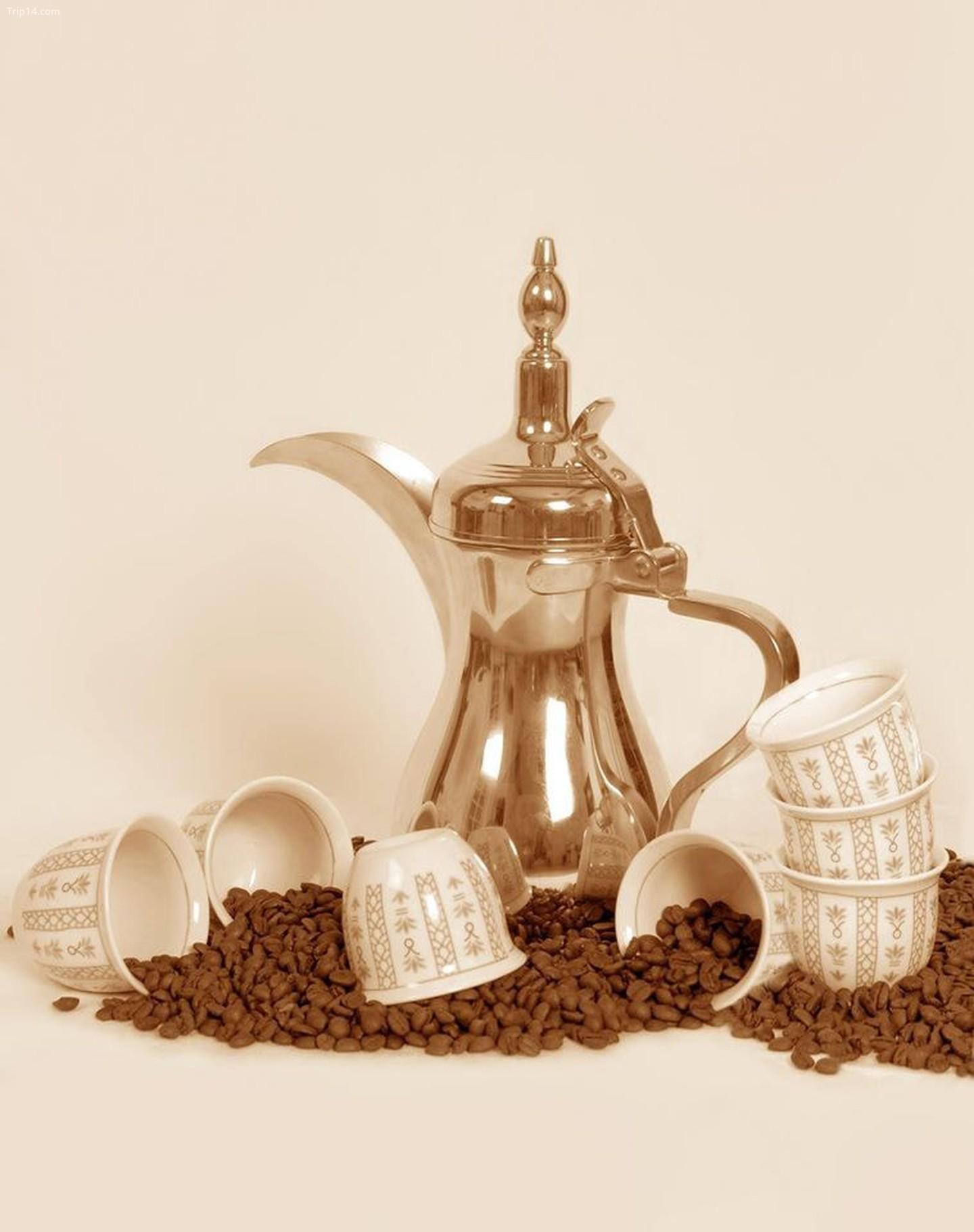 Bình cà phê Oman