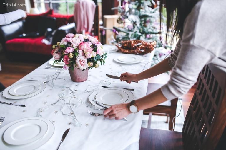 Kết nối qua một bữa tiệc lễ tự làm © Pexels