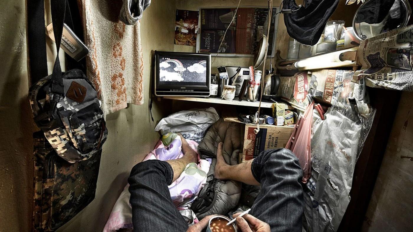 Những hình ảnh gây sốc về 'Ngôi nhà quan tài' ở Hồng Kông