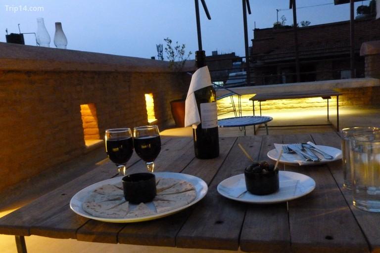 Bữa tối lãng mạn tại nhà truyền thống Swotha - Trip14.com