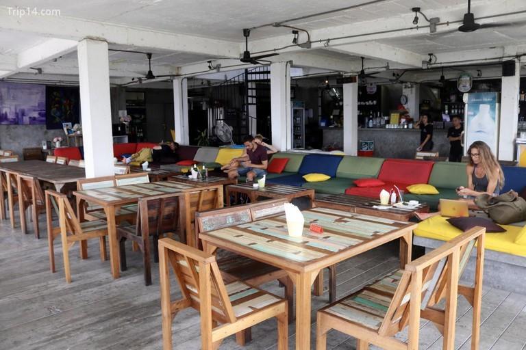 Nhà hàng và quán bar River Vibe, Thep Maha Nakhon - Trip14.com