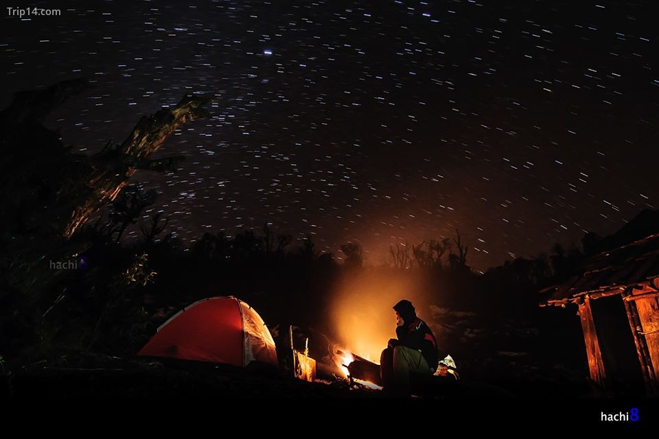 cắm trại qua đêm trên núi Muối