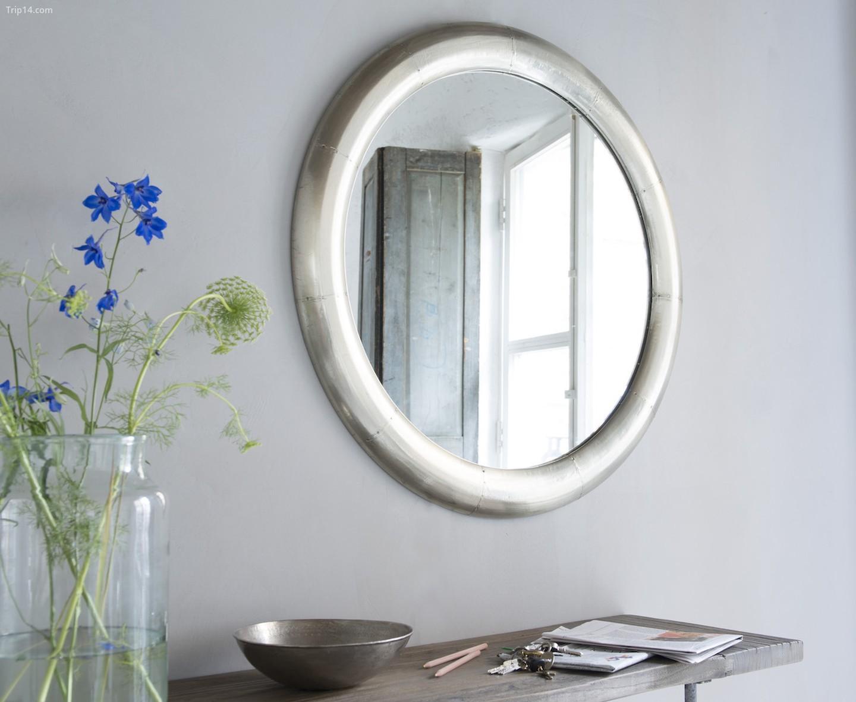 Shucks Mirror từ Loaf, £ 195