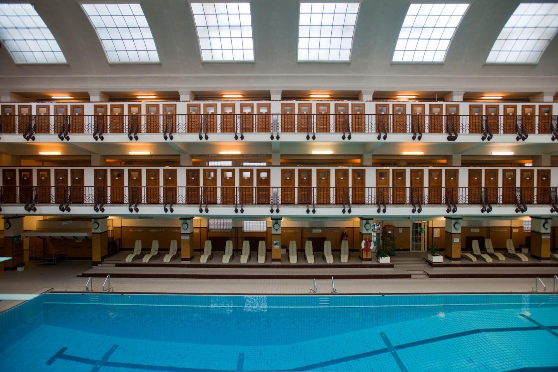 Bể bơi Amalienbad