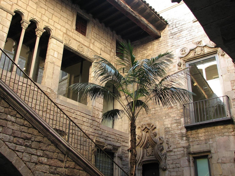 Lối vào bảo tàng Picasso ở Barcelona    