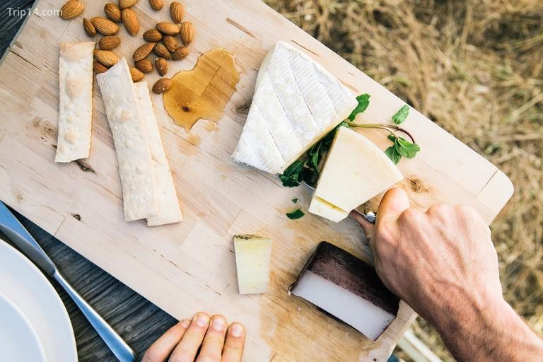 Lễ hội phô mai Nam Phi cung cấp các loại phô mai thủ công địa phương và quốc tế