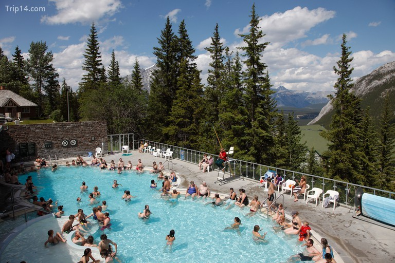 Upper Hot Springs Pool, Banff National Park