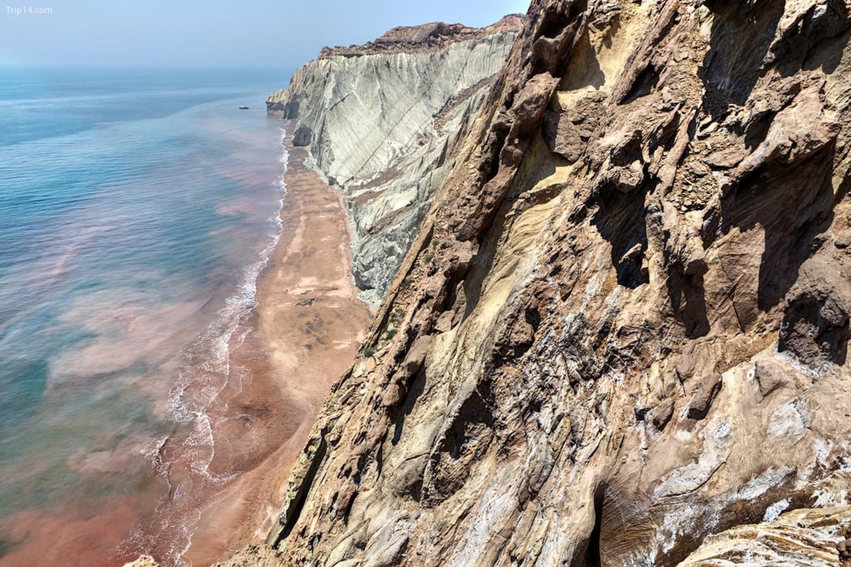Eo biển Hormuz   |