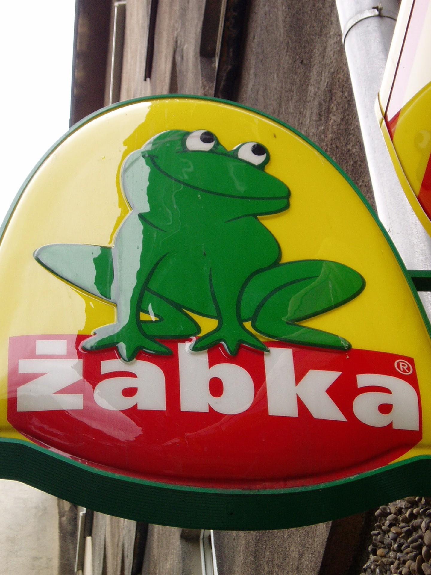 Biển hiệu cửa hàng Żabka