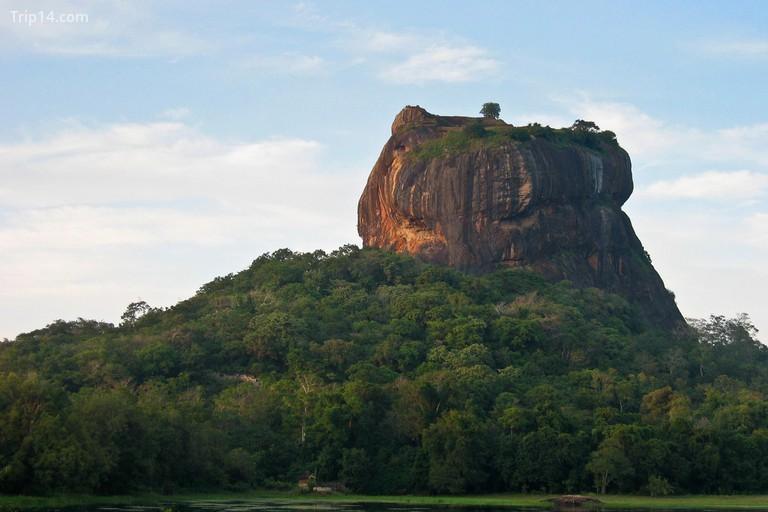 Các mỏm đá tự nhiên của Sigiriya - Trip14.com