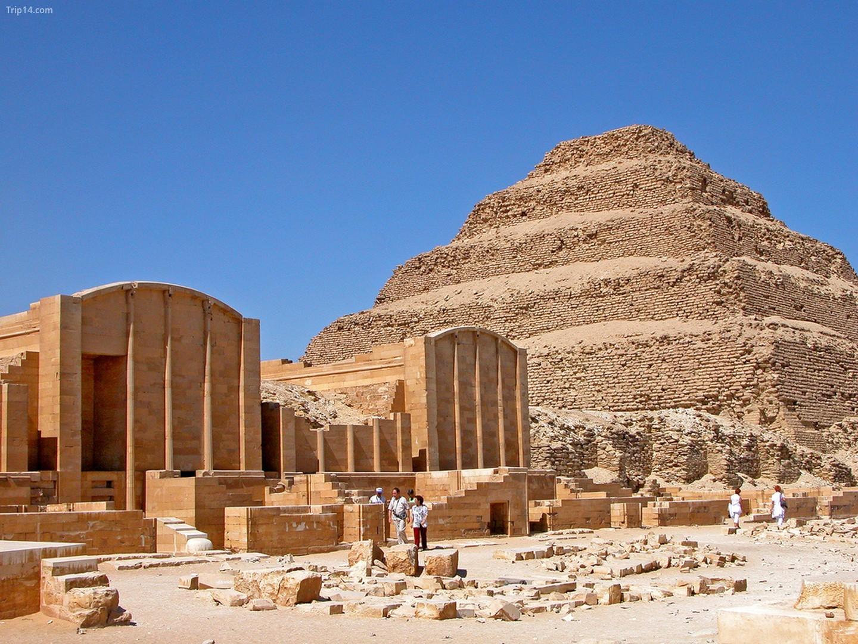 Khu phức hợp Kim tự tháp bậc thang tại Saqqara   |