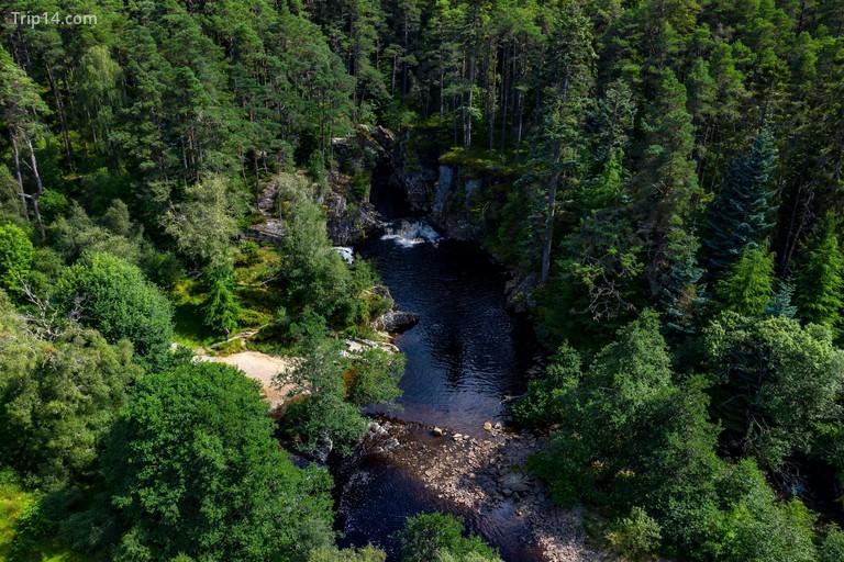 Đường mòn tự nhiên thác Pattack