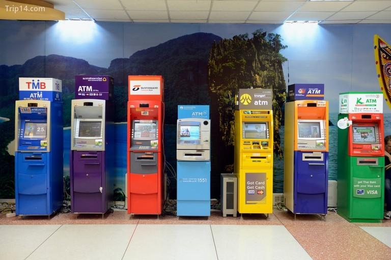 ATM tại sân bay Phuket ở Thái Lan - Trip14.com
