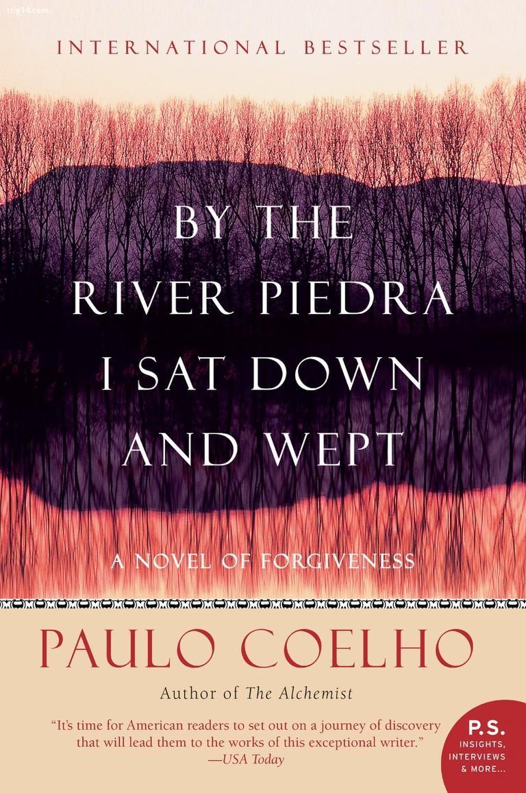 Bên dòng sông tôi xuống và khóc bởi Paulo Coelho - Trip14.com