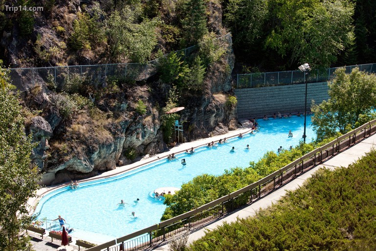 Radium hot pool