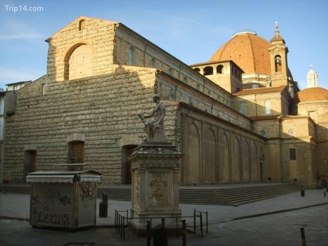 Vương cung thánh đường San Lorenzo - Trip14.com