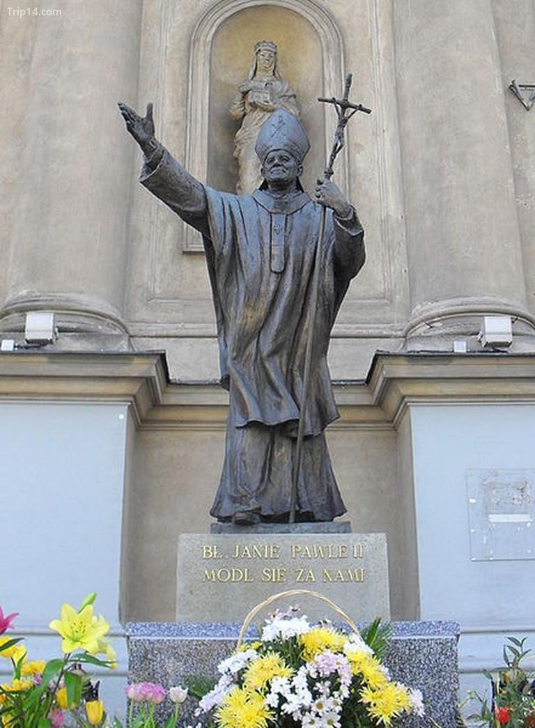Tượng Đức Giáo Hoàng Gioan Phaolô II