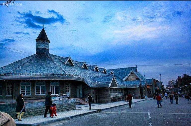 Nhà hát Gaiety do Henry Irwin xây dựng năm 1887 © Jannat-e-Shimla / Facebook