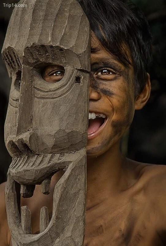 """Bức ảnh """"Đôi mắt Bana"""" của tác giả Nguyễn Ngọc Thái (Thái Bana), Kon Tum"""