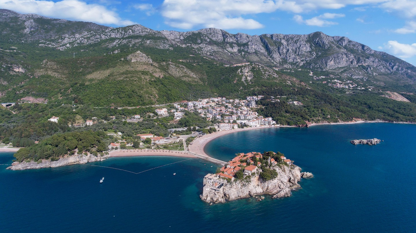 Budva, Montenegro | © RooM the Agency / Alamy Stock Photo