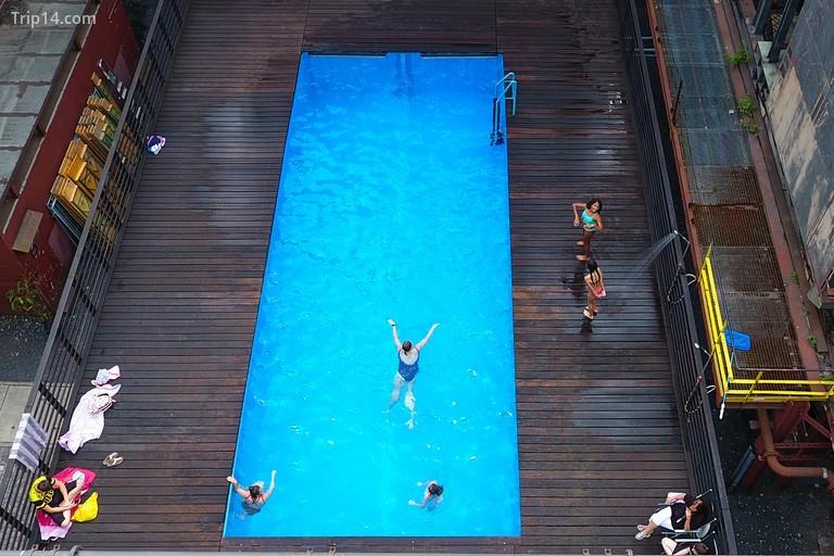 Hồ bơi Werksschwimmbad tại Zeche Zollverein ở Essen, miền tây nước Đức